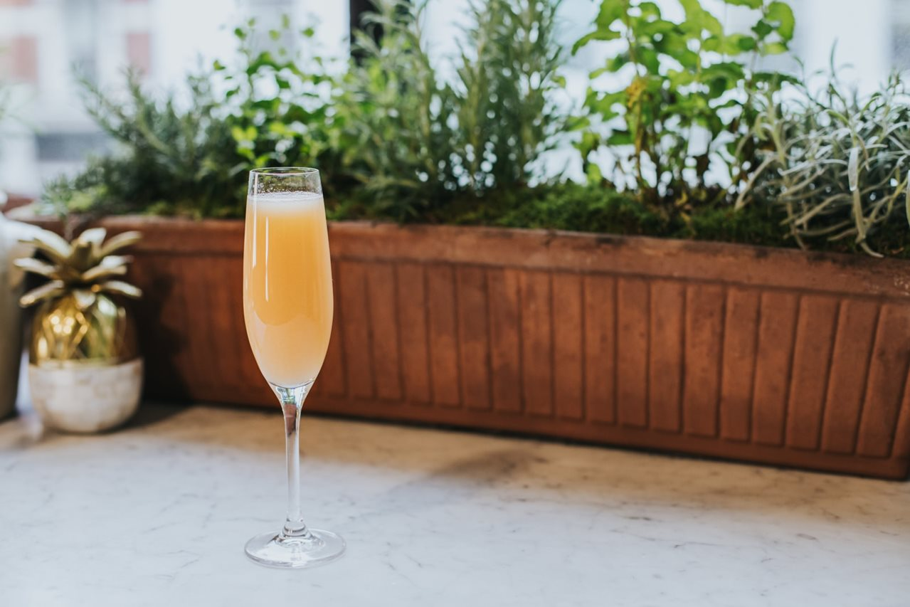 Mindful Cocktail Recipe: Peach Me, I'm Sparkling